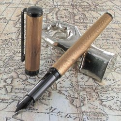 "Stylo Plume Moyenne Sheaffer® ""Intensity"" Torsade Bronze"